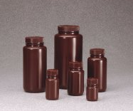 Bottiglie in PE-HD marrone,Bocca larga, con tappo